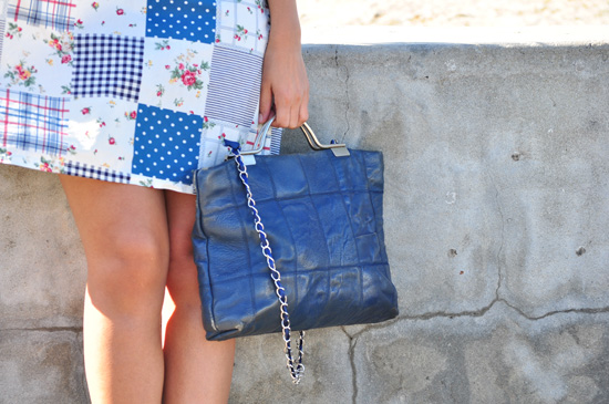 Blue and white pacth dress, vintage leather bag