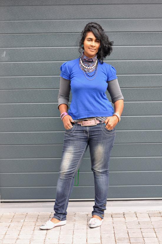 Personal Style, Tania May,  Plaid Shirt
