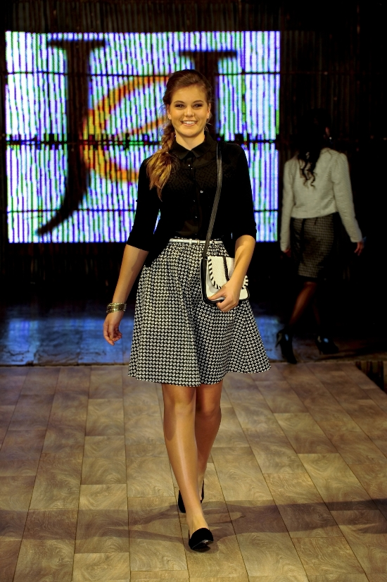 Model wearing black and white at The Jet Winter Launch 2014