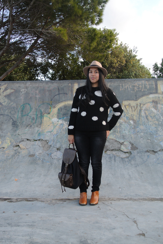 Embracing Style - Outfit Post - Chunky Knit and Felt Hat